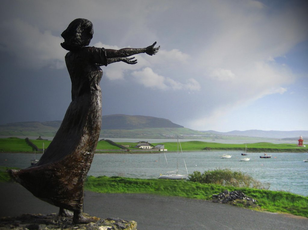 Rosses Point Ireland Statue