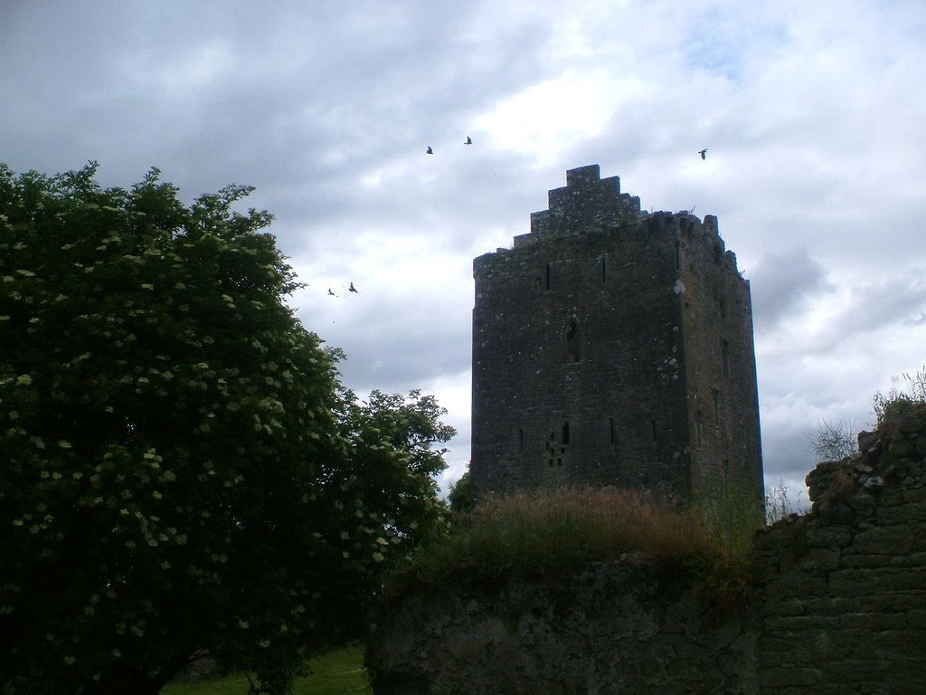Lackeen Castle