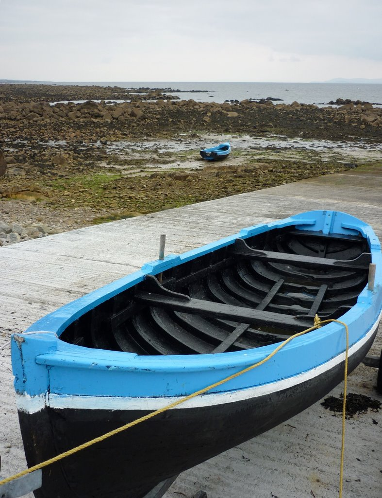 "púcán carvel construction fishing boat, transl. ""a float"""