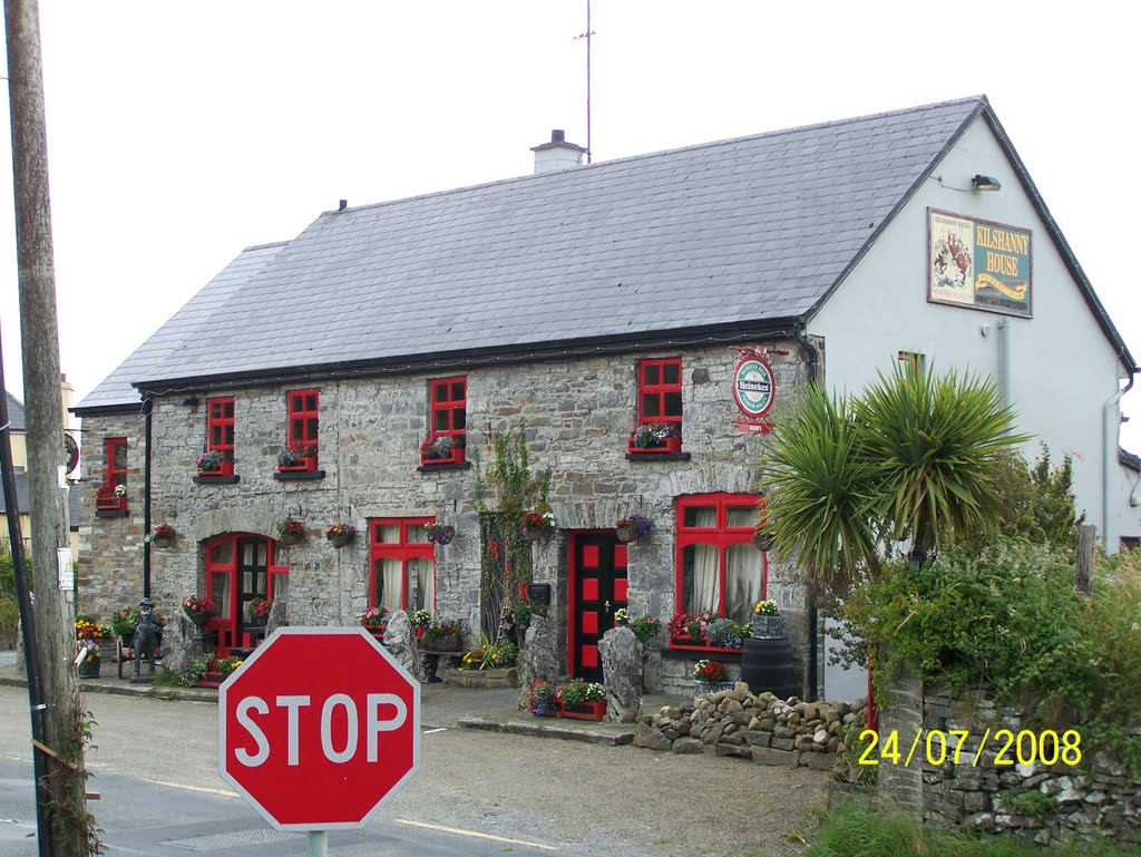 STOP  FOR  A  PINT PUB  IN  CO  CLARE  IRL.