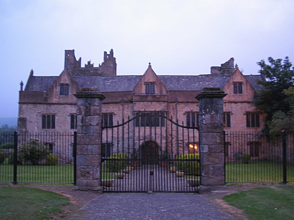 Ormond Castle - Carrick-on-Suir- Ireland