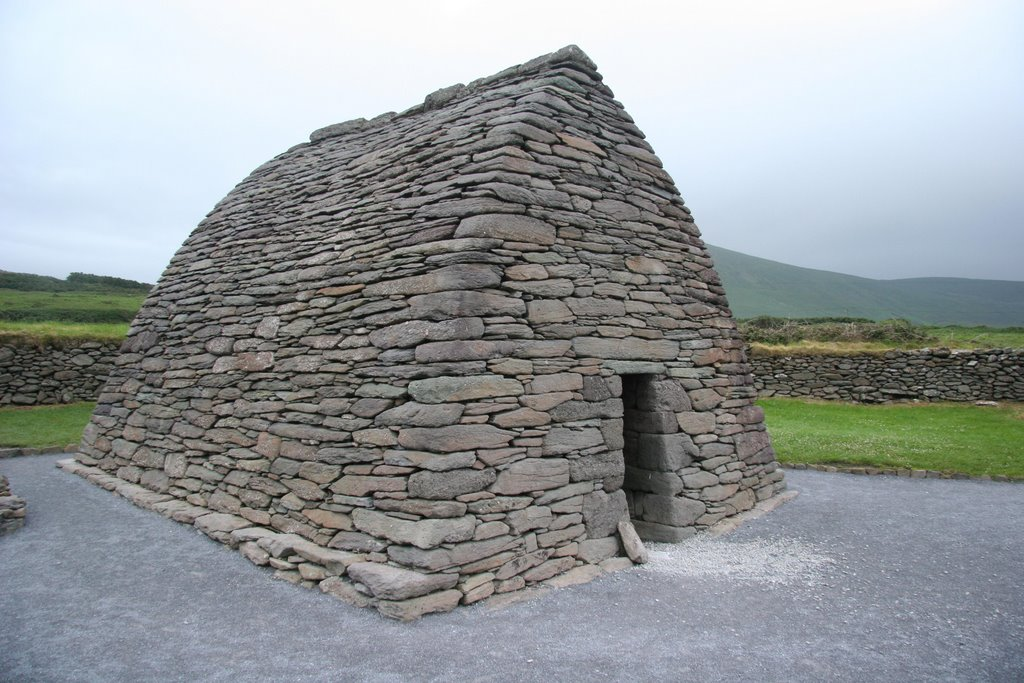 Gallarus Oratory, an Early Christian preaching place, Dingle, Ireland