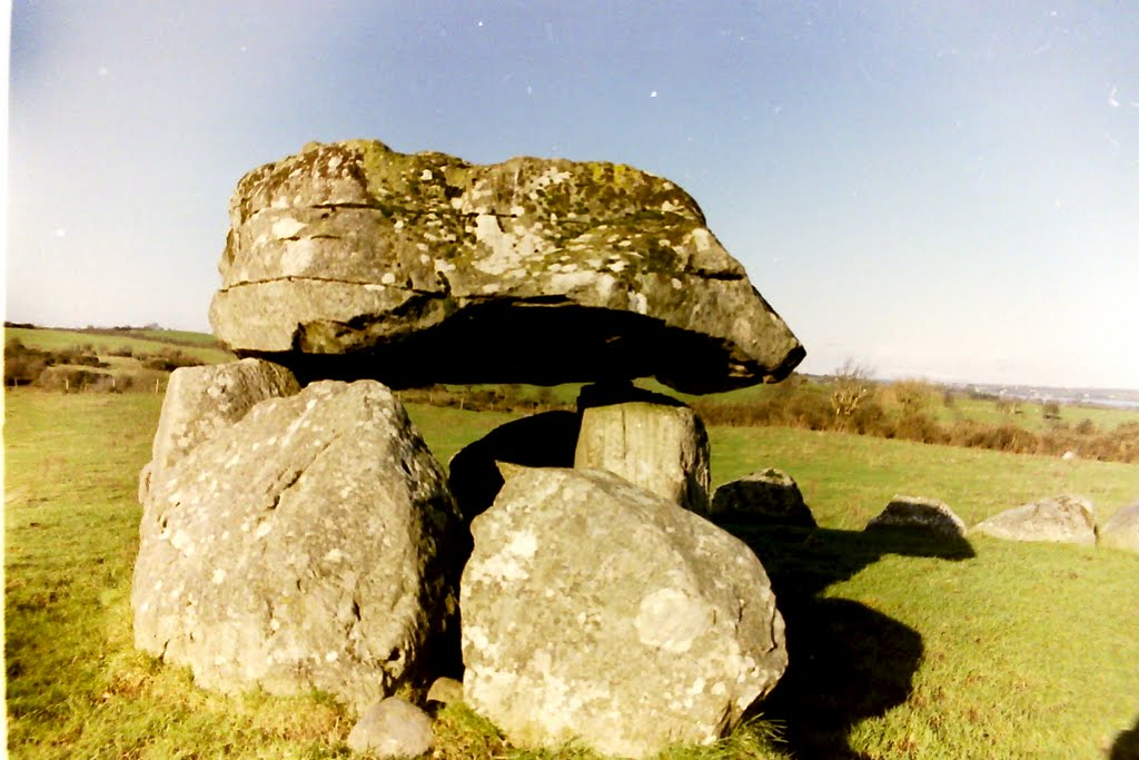 megalithic tomb carrowmore co sligo ireland