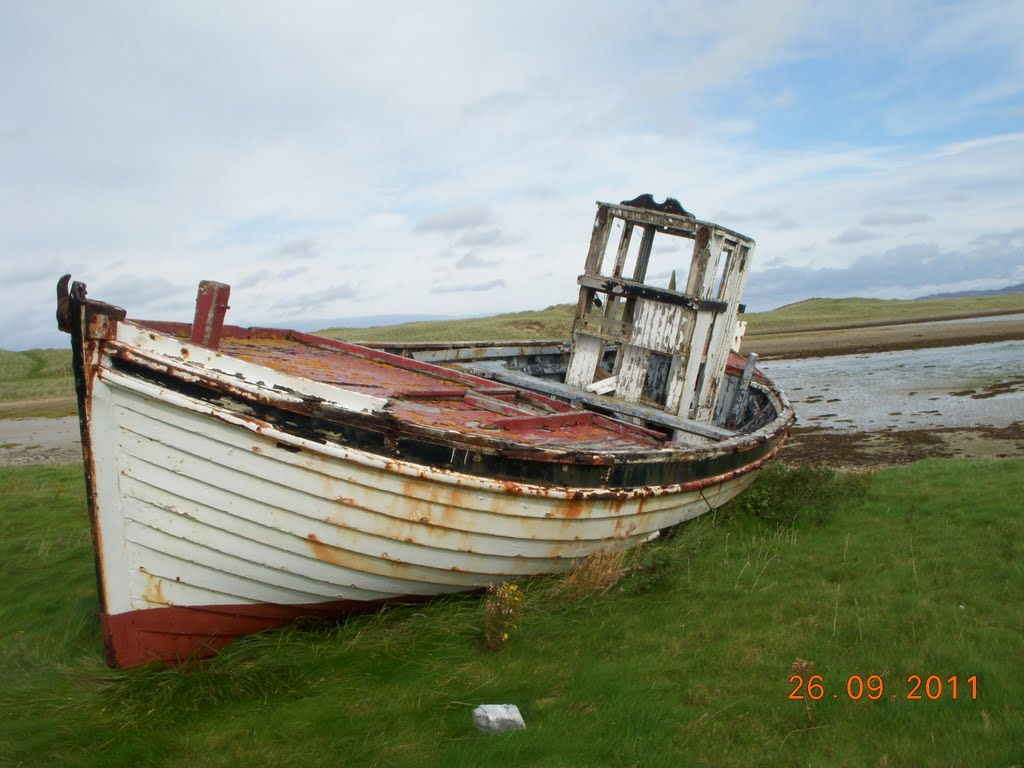 FINAL RESTING PLACE of an inshore fishing craft.