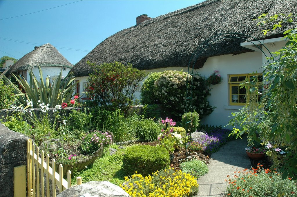 Adare is renowned for its pretty thatched cottages
