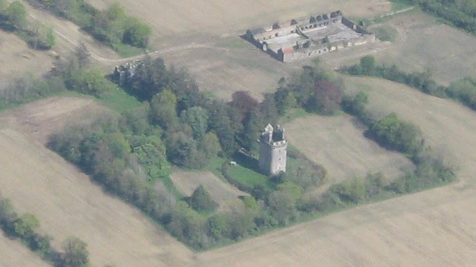 Lohart Castle & Courtyard taken overhead @ 4000ft.