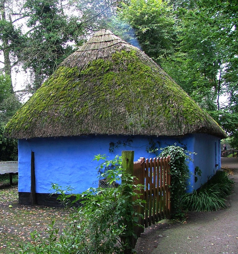 Irish cottage in Bunratty Folk Park