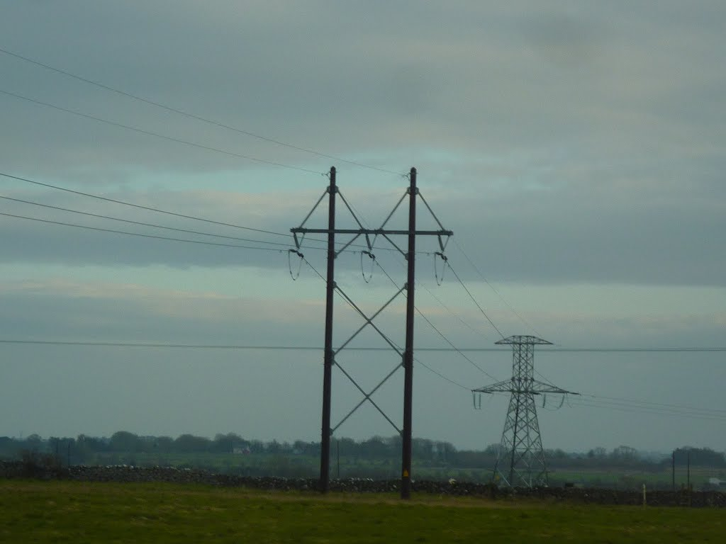 New Pylons near Lacka